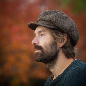 ruskea tweed newsboy lakki helsinki hat factory kierrätysmateriaali